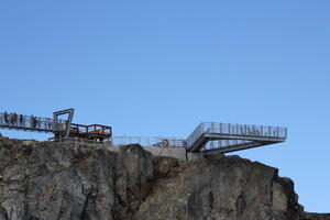 18-08-04 - Cliffwalk and Skybridge West Abutment at Final Inspection